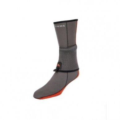 Kojinės neopreninės bridkelnėms Simms Flyweight neoprene socks pewter 2021 jau prekyboje !